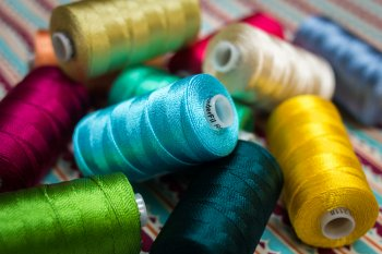 Wonderfil Razzle 8wt Rayon Thread