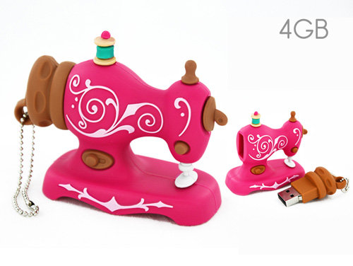 USB 4GB Pink Sewing Machine