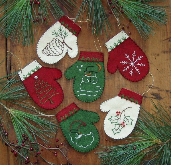 Mittens Christmas Ornament Kit from Rachels of Greenfield